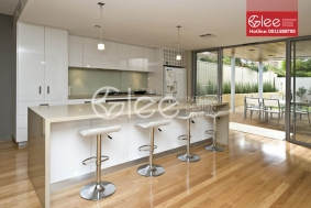 Tủ bếp gỗ acrylic cao cấp GTB29